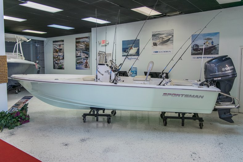 Thumbnail 0 for New 2016 Sportsman 18 Island Bay boat for sale in Miami, FL