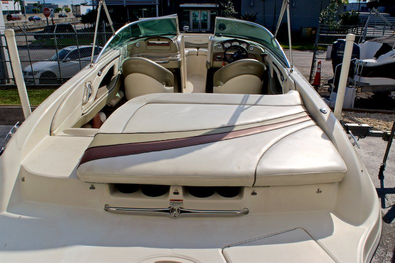 Thumbnail 12 for Used 2006 Sea Ray 220 Select boat for sale in Miami, FL