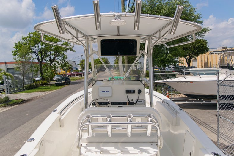 Thumbnail 18 for Used 2010 Sea Hunt Gamefish 24 Center Console boat for sale in Miami, FL