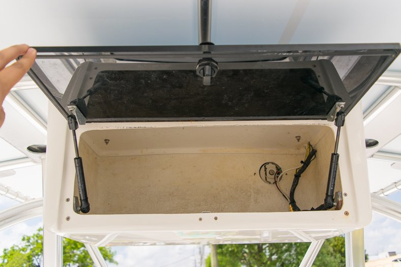 Thumbnail 48 for Used 2010 Sea Hunt Gamefish 24 Center Console boat for sale in Miami, FL