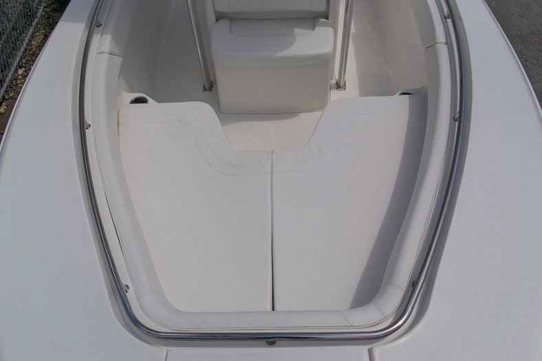 Thumbnail 55 for Used 2010 Sea Hunt Gamefish 24 Center Console boat for sale in Miami, FL