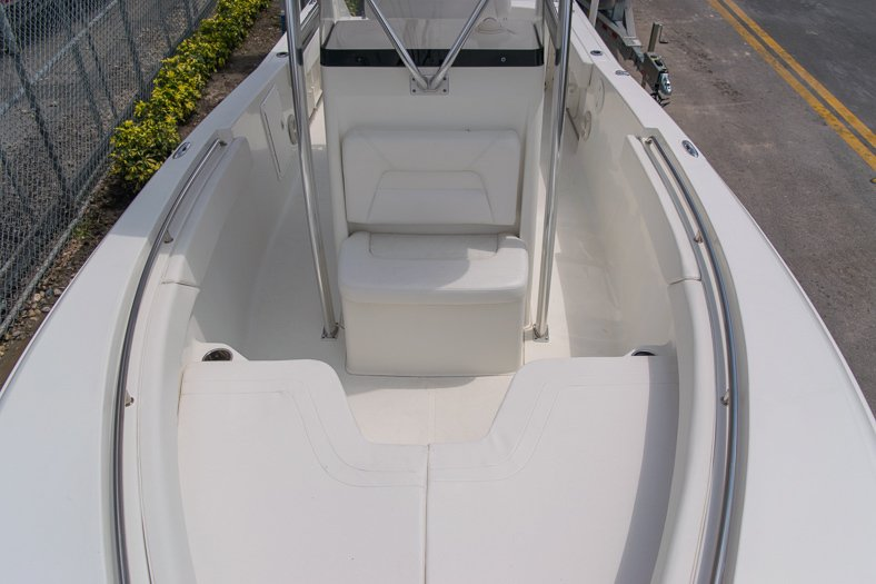 Thumbnail 56 for Used 2010 Sea Hunt Gamefish 24 Center Console boat for sale in Miami, FL