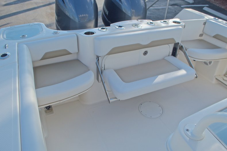 Thumbnail 13 for New 2016 Sailfish 270 CC Center Console boat for sale in Miami, FL