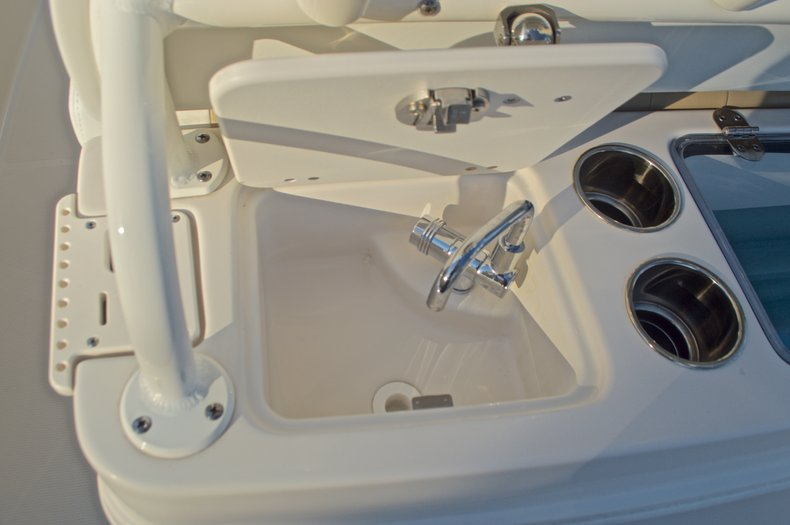 Thumbnail 25 for New 2016 Sailfish 270 CC Center Console boat for sale in Miami, FL
