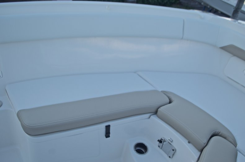 Thumbnail 52 for New 2016 Sailfish 270 CC Center Console boat for sale in Miami, FL