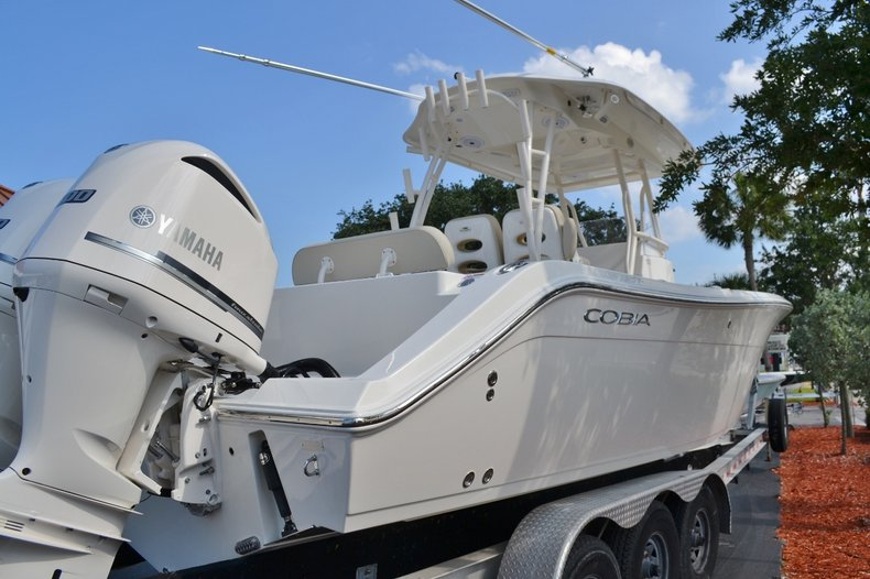 Thumbnail 3 for New 2016 Cobia 296 Center Console boat for sale in Miami, FL