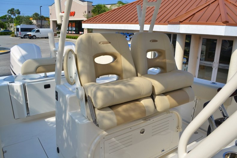 Thumbnail 12 for New 2016 Cobia 296 Center Console boat for sale in Miami, FL