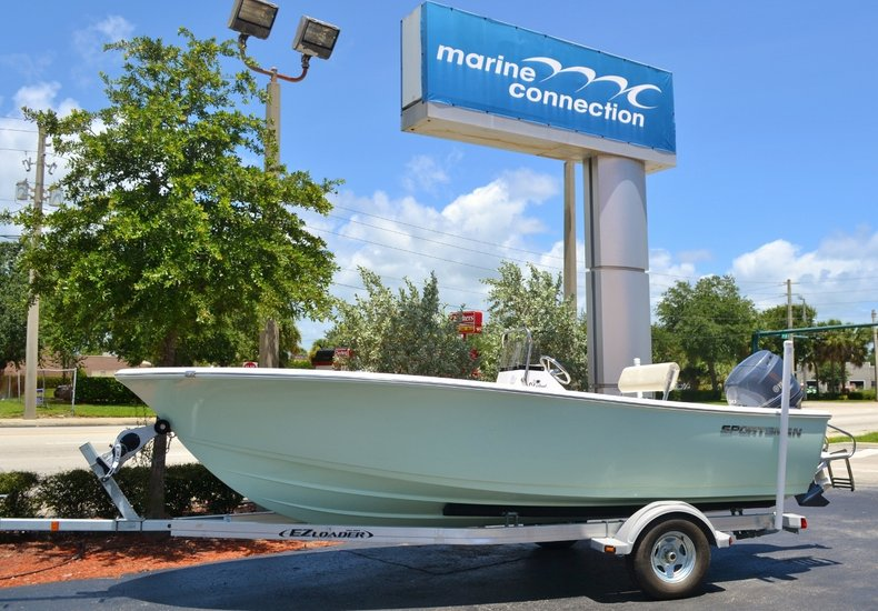 Thumbnail 0 for New 2016 Sportsman 19 Island Reef boat for sale in Miami, FL