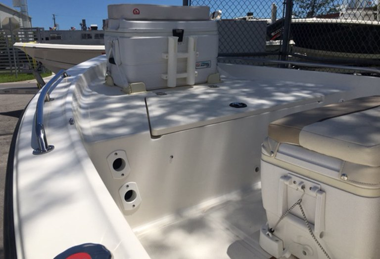 Thumbnail 11 for Used 2014 Key West 1520 Sportsman Center Console boat for sale in Miami, FL