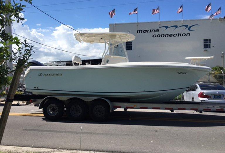 Used 2015 Sailfish 240 CC Center Console boat for sale in Miami, FL