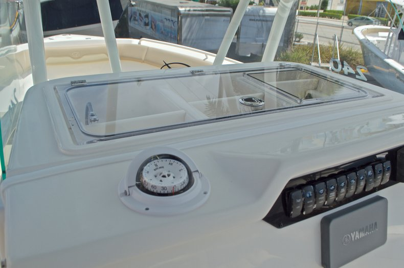 Thumbnail 25 for New 2017 Sailfish 240 CC Center Console boat for sale in Miami, FL