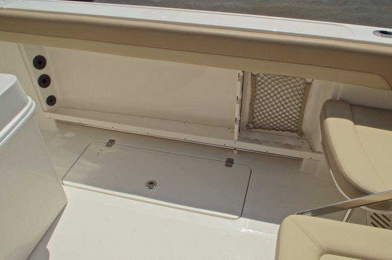 Thumbnail 21 for New 2017 Sailfish 290 CC Center Console boat for sale in Miami, FL