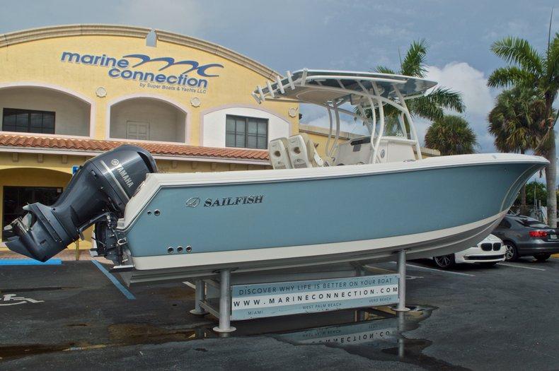 Thumbnail 8 for New 2017 Sailfish 290 CC Center Console boat for sale in Miami, FL