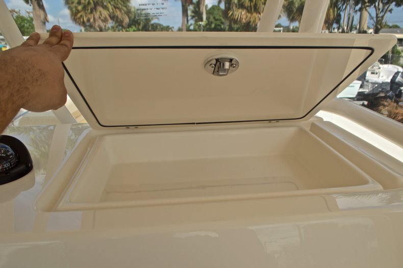 Thumbnail 41 for New 2017 Cobia 296 Center Console boat for sale in Miami, FL
