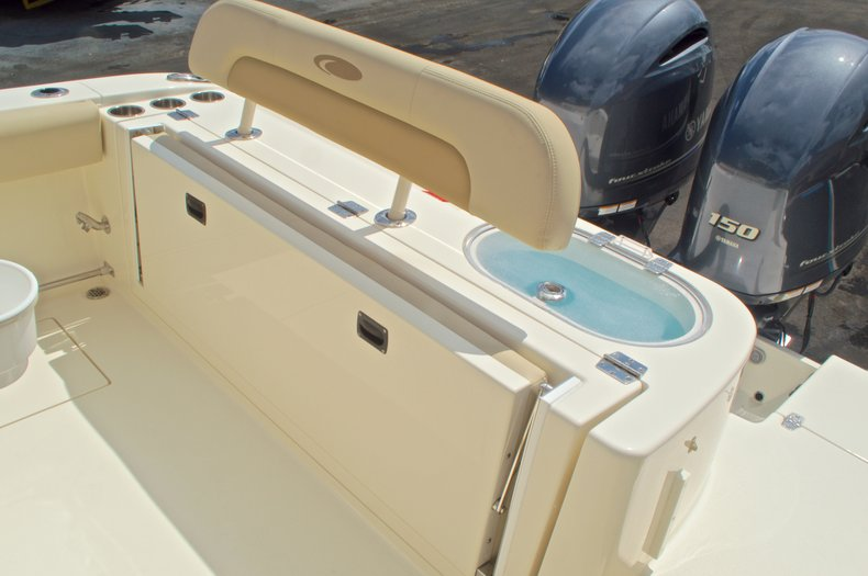 Thumbnail 16 for New 2017 Cobia 261 Center Console boat for sale in Miami, FL