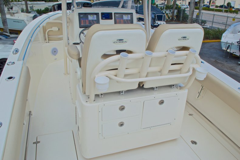 Thumbnail 10 for New 2017 Cobia 261 Center Console boat for sale in Miami, FL