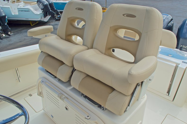 Thumbnail 34 for New 2017 Cobia 261 Center Console boat for sale in Miami, FL