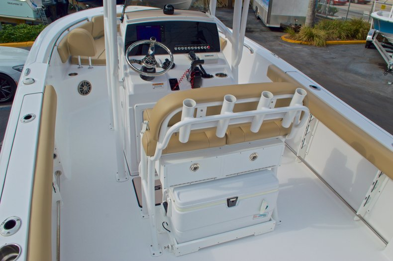 Thumbnail 11 for New 2017 Sportsman Open 232 Center Console boat for sale in Miami, FL