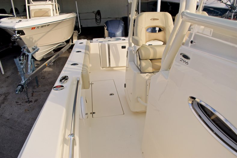 Thumbnail 20 for New 2017 Cobia 296 Center Console boat for sale in Miami, FL