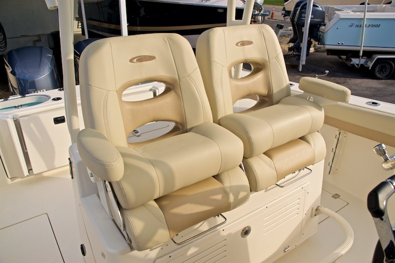 Thumbnail 17 for New 2017 Cobia 296 Center Console boat for sale in Miami, FL