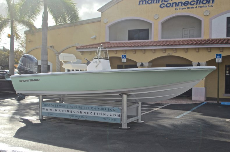 Thumbnail 1 for New 2017 Sportsman 20 Island Bay boat for sale in Miami, FL
