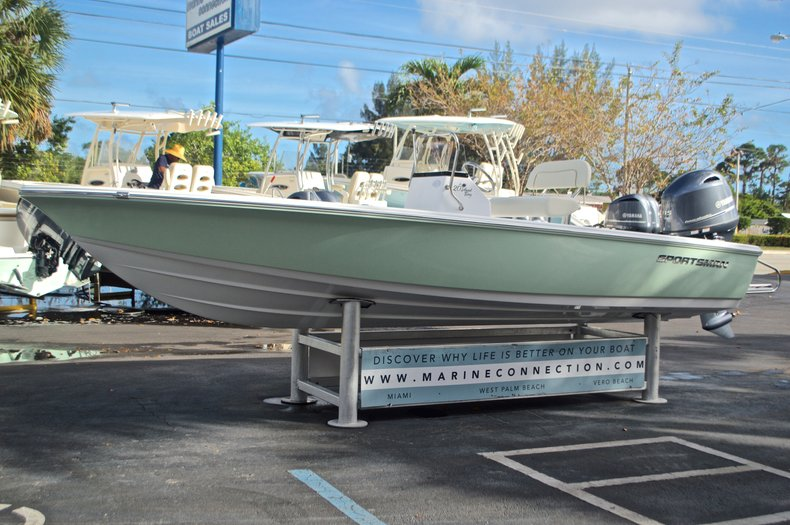 Thumbnail 3 for New 2017 Sportsman 20 Island Bay boat for sale in Miami, FL