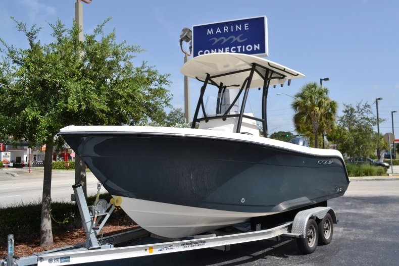 Thumbnail 1 for New 2018 Cobia 201 Center Console boat for sale in Miami, FL