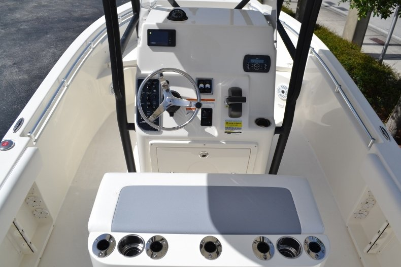 Thumbnail 8 for New 2018 Cobia 201 Center Console boat for sale in Miami, FL