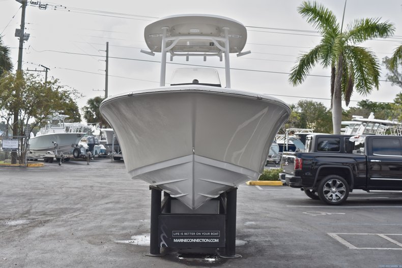 Thumbnail 2 for New 2018 Sportsman Heritage 211 Center Console boat for sale in Miami, FL