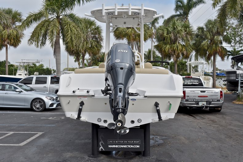 Thumbnail 6 for New 2018 Sportsman Heritage 211 Center Console boat for sale in Miami, FL