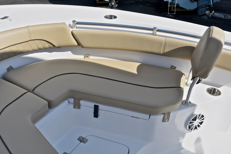 Thumbnail 45 for New 2018 Sportsman Heritage 211 Center Console boat for sale in Miami, FL