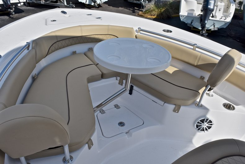 Thumbnail 47 for New 2018 Sportsman Heritage 211 Center Console boat for sale in Miami, FL