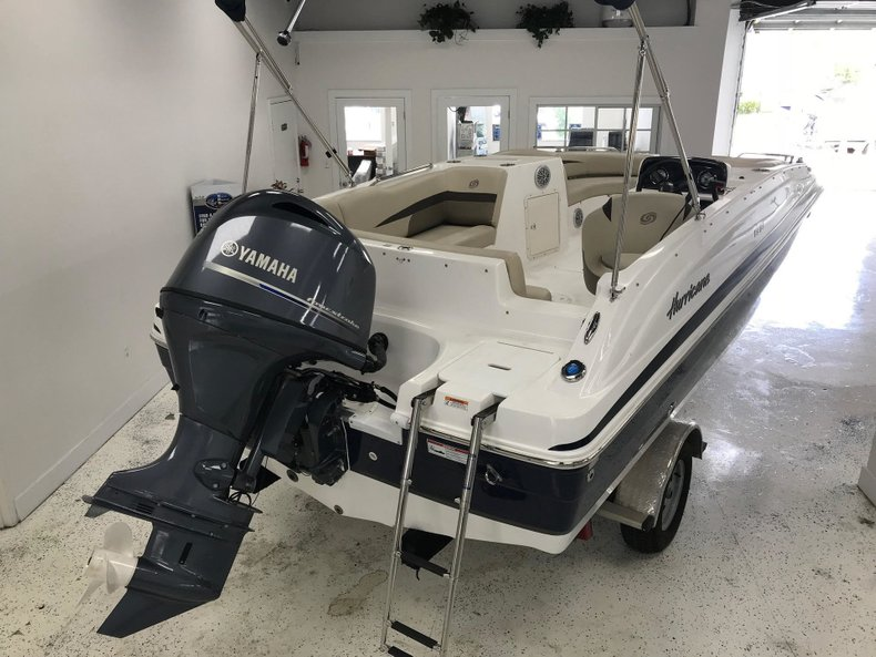 Thumbnail 1 for New 2018 Hurricane 188 SunDeck Sport OB boat for sale in Miami, FL
