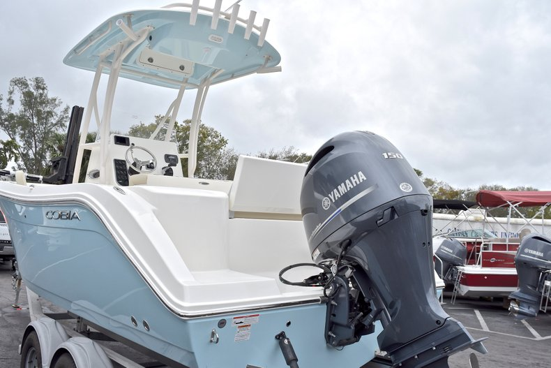 Thumbnail 4 for New 2018 Cobia 220 Center Console boat for sale in Miami, FL
