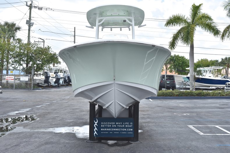 Thumbnail 2 for New 2018 Sportsman Heritage 231 Center Console boat for sale in Miami, FL