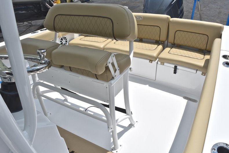 Thumbnail 23 for New 2018 Sportsman Heritage 231 Center Console boat for sale in Miami, FL
