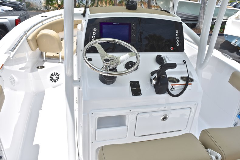 Thumbnail 28 for New 2018 Sportsman Heritage 231 Center Console boat for sale in Miami, FL