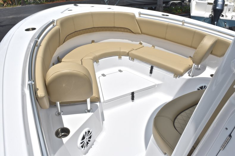 Thumbnail 45 for New 2018 Sportsman Heritage 231 Center Console boat for sale in Miami, FL