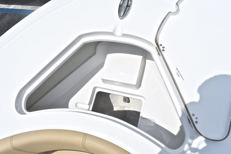 Thumbnail 55 for New 2018 Sportsman Heritage 231 Center Console boat for sale in Miami, FL