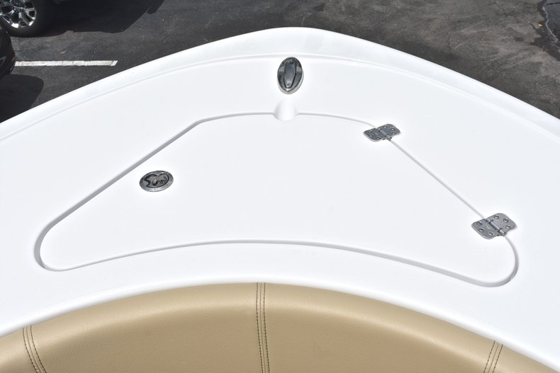 Thumbnail 54 for New 2018 Sportsman Heritage 231 Center Console boat for sale in Miami, FL