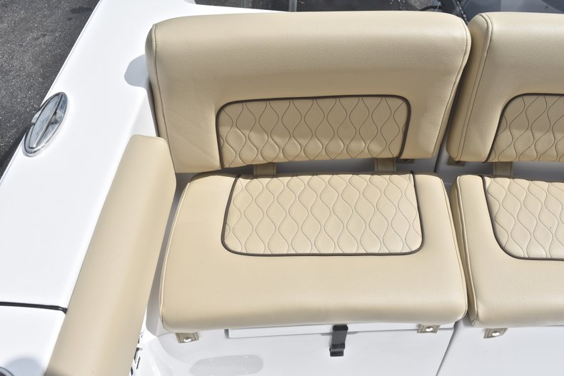 Thumbnail 11 for New 2018 Sportsman Heritage 231 Center Console boat for sale in Miami, FL