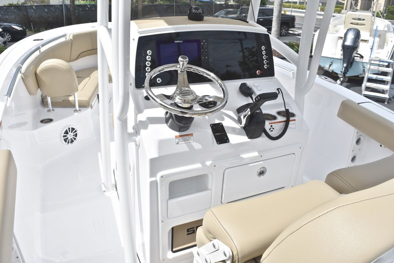 Thumbnail 27 for New 2018 Sportsman Heritage 231 Center Console boat for sale in Miami, FL