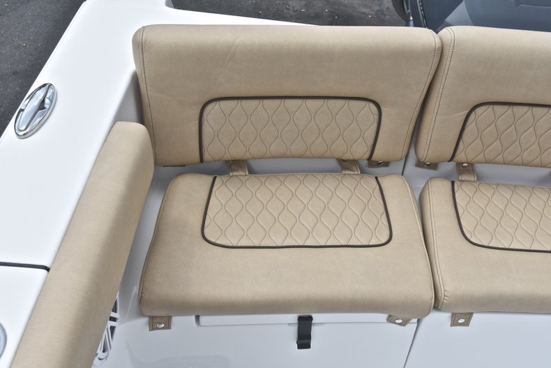 Thumbnail 13 for New 2019 Sportsman Heritage 231 Center Console boat for sale in Miami, FL