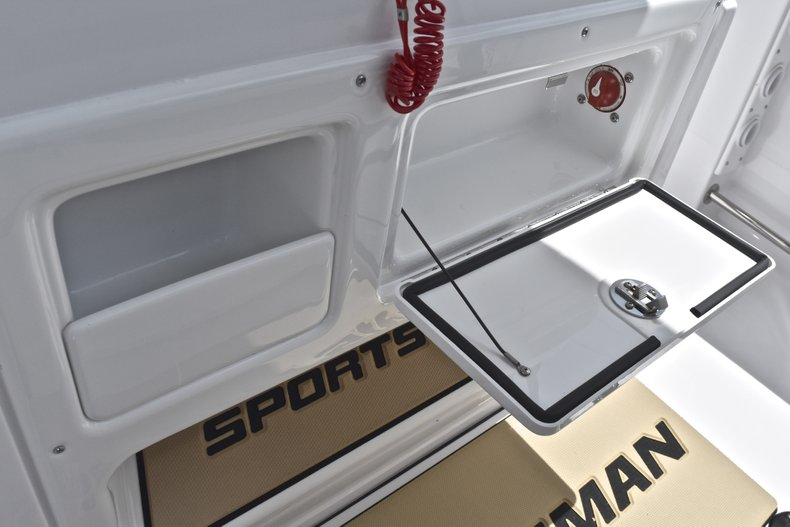 Thumbnail 41 for New 2019 Sportsman Heritage 231 Center Console boat for sale in Miami, FL