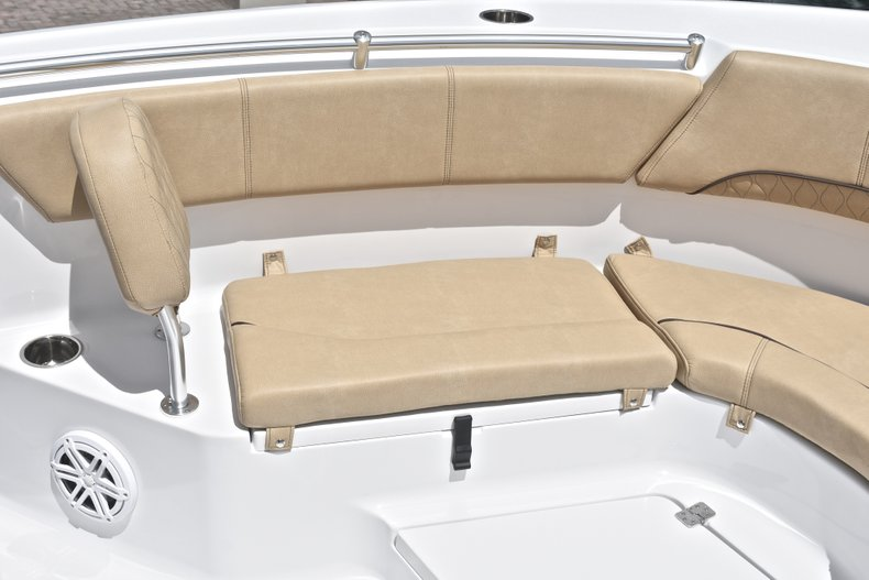 Thumbnail 51 for New 2019 Sportsman Heritage 231 Center Console boat for sale in Miami, FL