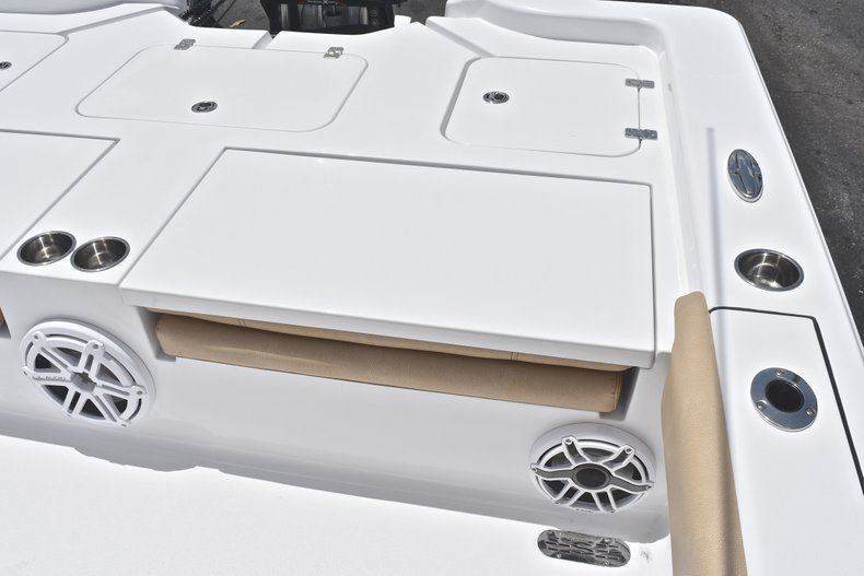 Thumbnail 17 for New 2019 Sportsman Masters 267 Bay Boat boat for sale in Miami, FL