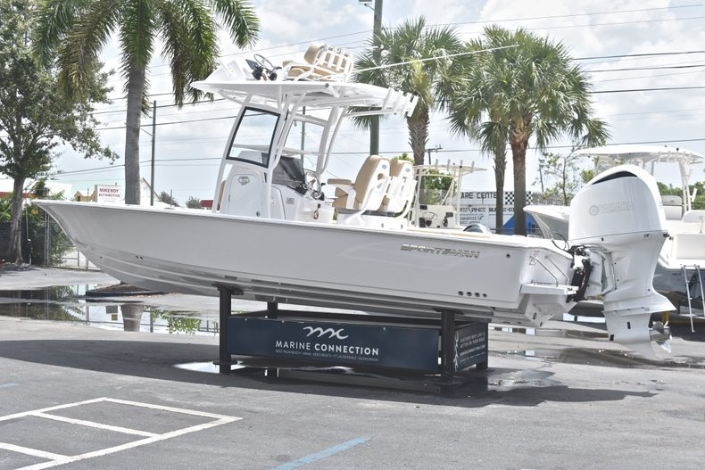 Thumbnail 5 for New 2019 Sportsman Masters 267 Bay Boat boat for sale in Miami, FL