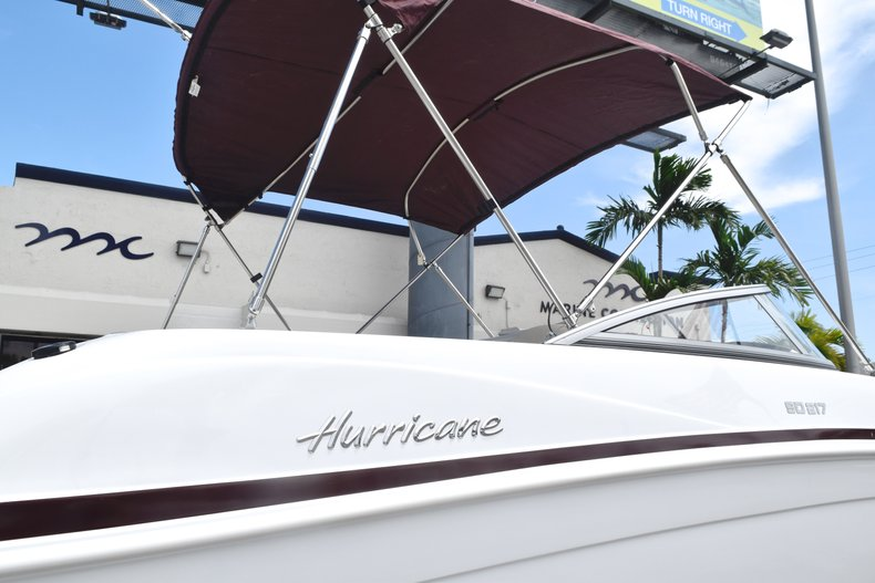 Thumbnail 7 for New 2019 Hurricane 217 SunDeck OB boat for sale in Miami, FL