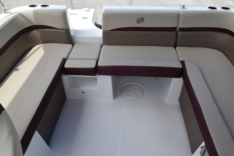 Thumbnail 17 for New 2019 Hurricane 217 SunDeck OB boat for sale in West Palm Beach, FL
