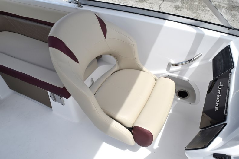 Thumbnail 25 for New 2019 Hurricane 217 SunDeck OB boat for sale in West Palm Beach, FL